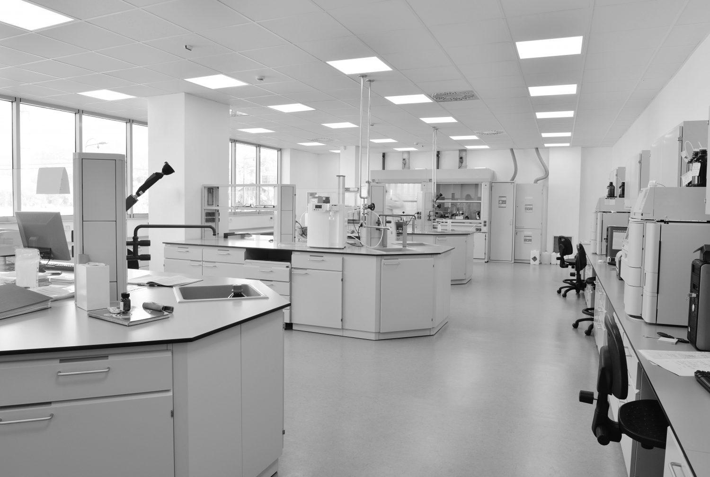 Limpieza industria en laboratorios